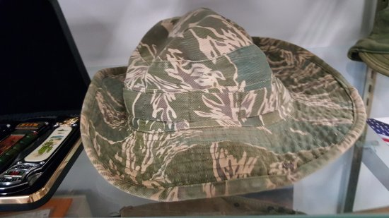 6c58c52105648 The Naples Museum Of Military History  Vietnam Boonie hat ( David Hines  Private Collection)