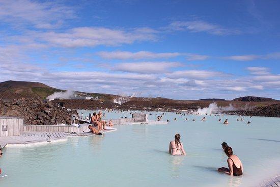 Grindavik, Island: 世界最大?の露天風呂ブルーラグーン