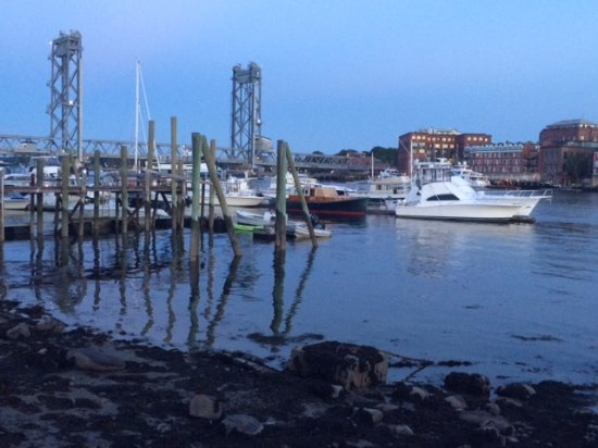 Kittery, ME: Sunset View from our Table