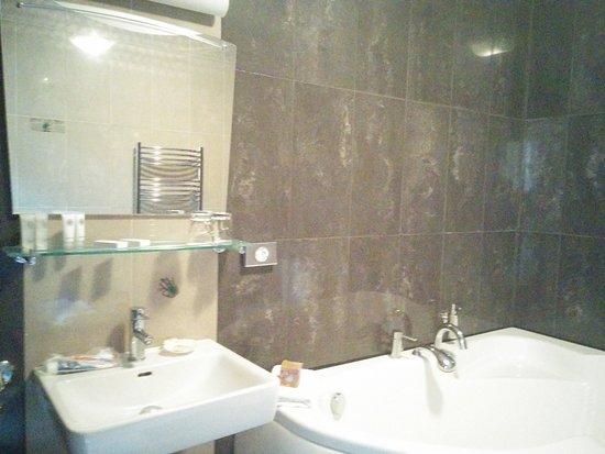 Libava Hotel: IMG_20170708_150019_large.jpg
