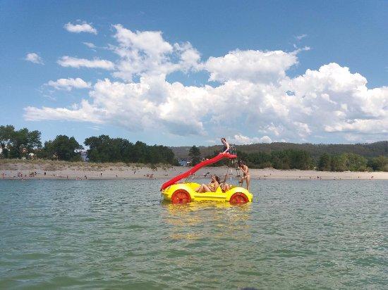 Cedeira, Hiszpania: Hidropegal en la playa de la Magdalena