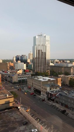 Delta Hotels by Marriott London Armouries: Located right downtown
