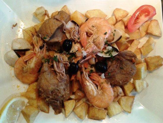 Cachan, Frankrike: Porc aux fruits de mer