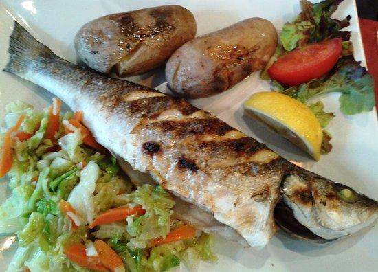 Cachan, Frankrike: Le bar grillé