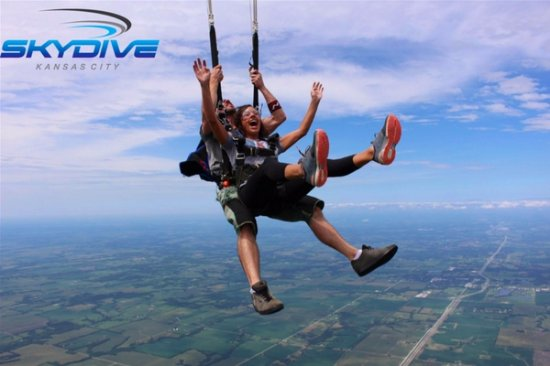 Skydive Kansas City