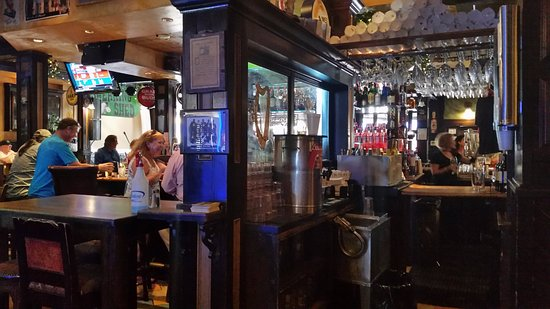 Lake Worth, FL: Bar area