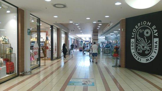Centro Commerciale Le Serre