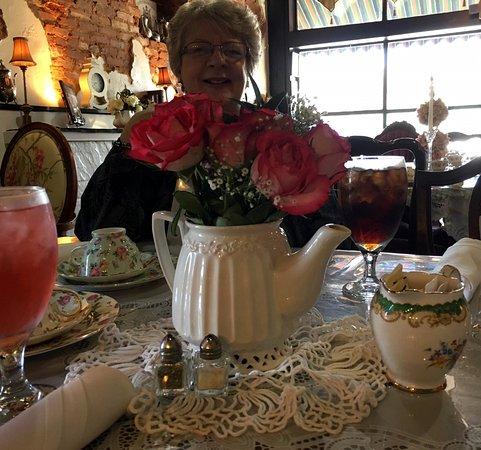 Hoschton, GA: Our table.