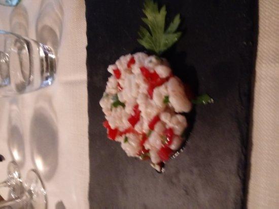 Comerio, Italy: Otiimi piatti di pesce.