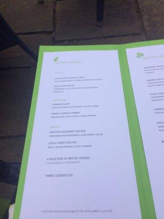 Whitebrook, UK: 3 course menu