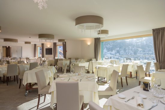 White angel hotel breuil cervinia italy reviews for Hotel meuble mon reve cervinia
