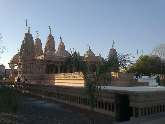 BAPS Shri Swaminarayan Mandir (Aksharwadi Temple)