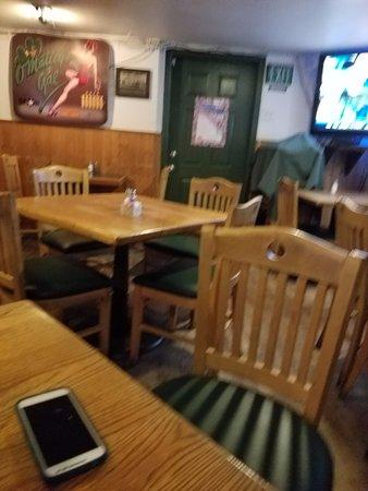 O'malley's Steak Pub : Dining room