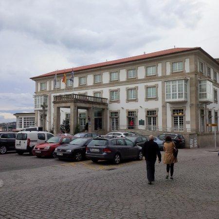 Parador de Ferrol: Front Elevation