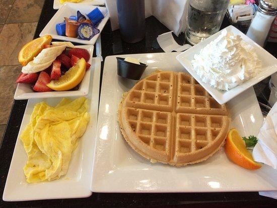 Wellington, FL: Belgian waffle with scrambled eggs, side of fruit June 2015