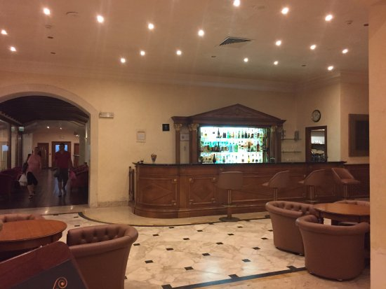 Katane Palace Hotel: Bar