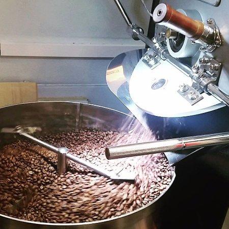 Potnia - Artisan Coffee Roaster