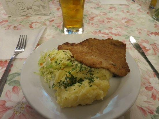 Ketrzyn, Poland: Traditionell polsk mat