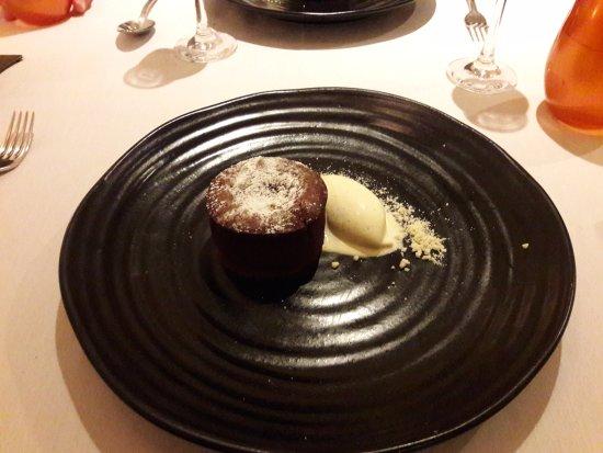Dax Restaurant: Chocolate Fondant, Vanilla Ice Cream
