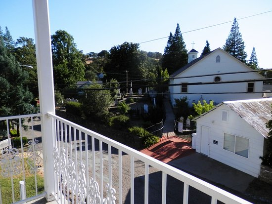 Sutter Creek, CA: our balcony