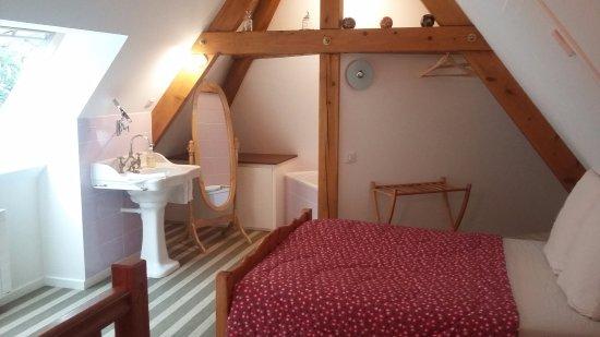 chambres d 39 h tes les fontenottes besan on france voir les tarifs et avis chambres d 39 h tes. Black Bedroom Furniture Sets. Home Design Ideas