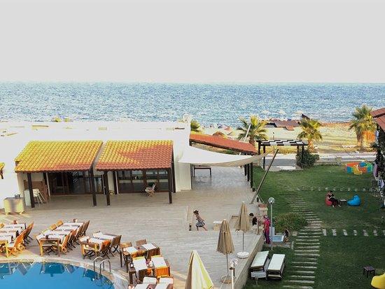 Hotel Silvanus: Beach area