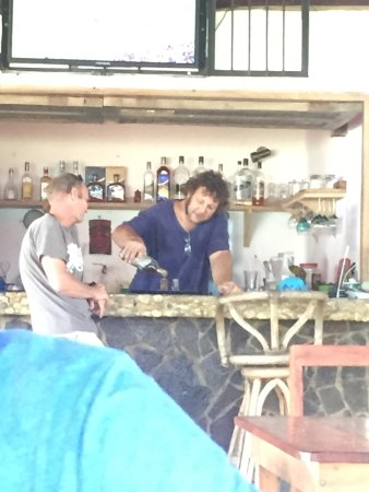 Tola, Nicaragua: Salute: To great food and new friends!