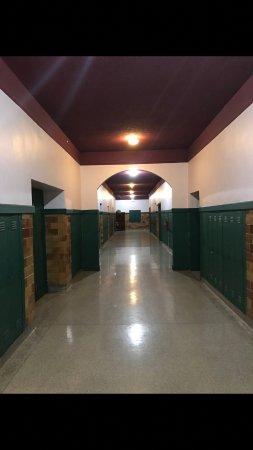 Benham, Кентукки: Inn Halls.
