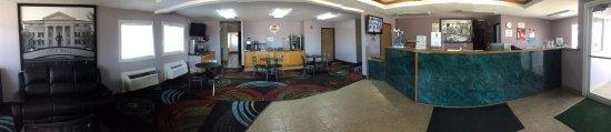 Sweet Springs, MO: Lobby