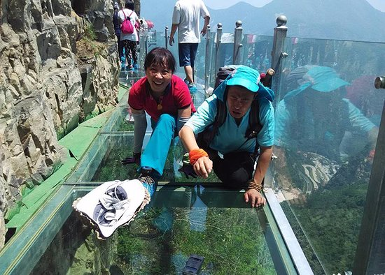 zhangjiajie discovery glass walkway of tianmen mountain - Zhangjiajie Glass Bridge