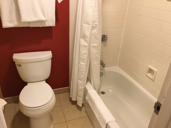 Norwood, MA: Shower