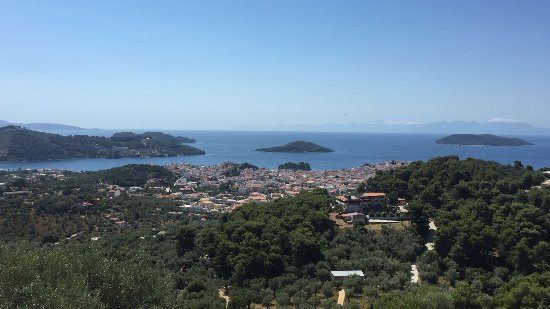 Skiathos Garden Cottages: The view from Bluebell