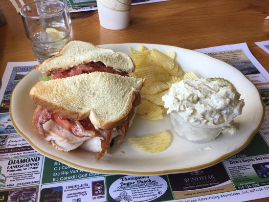 Prattsville, นิวยอร์ก: The Turkey Club!  Super good and plenty to split.