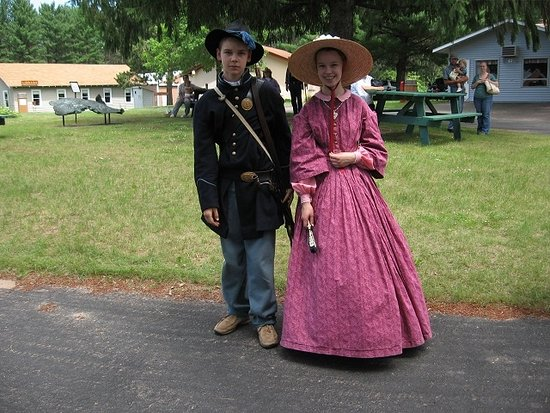 Cameron, WI: Civil War reenactment with 2 grandkids