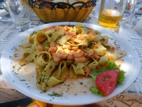 Karlobag, Croacia: Tagliatelle con polpo