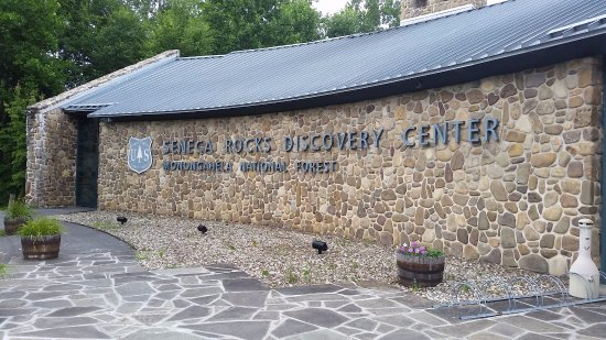 Seneca Rocks, WV: Discovery Center