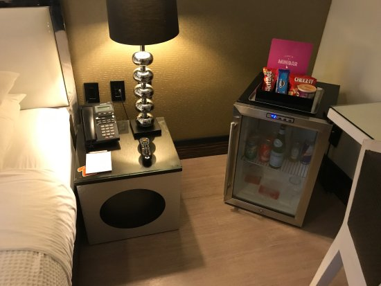Room Mate Waldorf Towers: Rooms Mate Waldorf Towers July 2017
