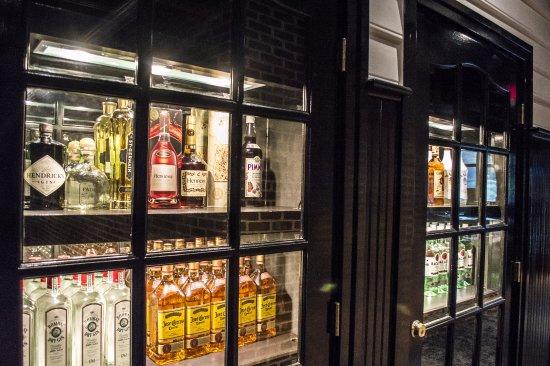 Prince Frederick, MD: Liquor cabinet