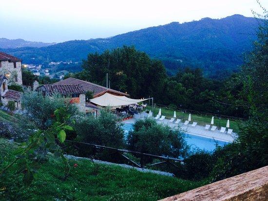 Borgo giusto prices condominium reviews borgo a - Hotels in lucca italy with swimming pool ...