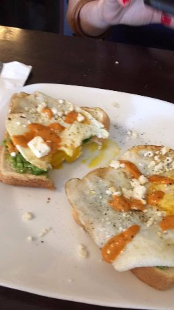 Palmyra, NJ: Spicy Egg Avocado Toast