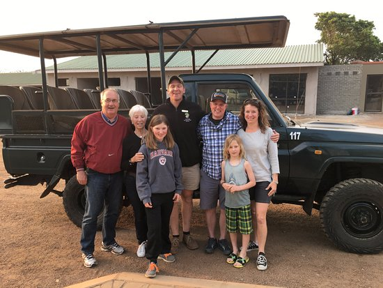 Zulu Nyala Heritage Safari Lodge: Our game truck and our guide