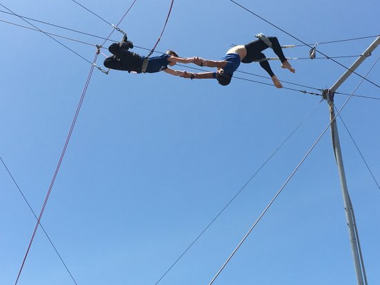Trapeze School New York, Los Angeles