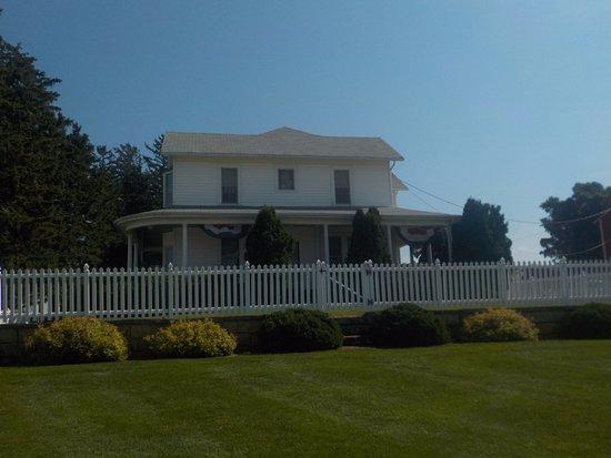 Dyersville, IA: The house