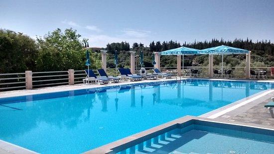 Ionis Hotel Photo
