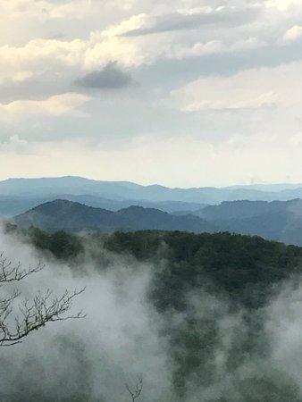 休葛爾山高地小木屋照片