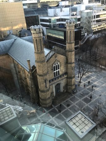 Toronto Marriott Downtown Eaton Centre Hotel: church view