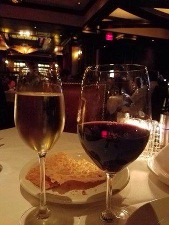 Vic & Anthony's Steakhouse - Las Vegas: photo3.jpg