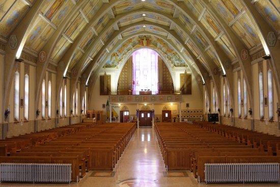 Église Sainte Amelie