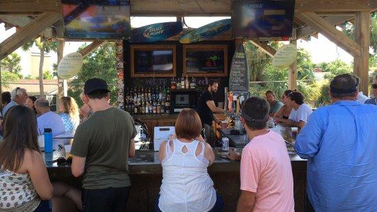 Loggerhead's Beach Grill: photo0.jpg