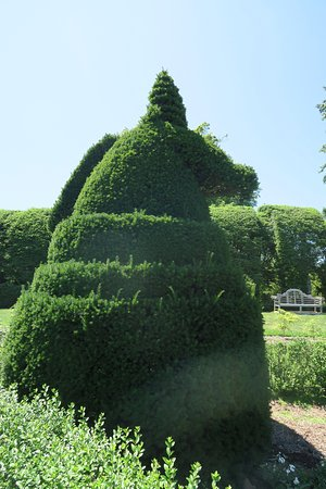 Ladew Topiary Gardens: unicorn